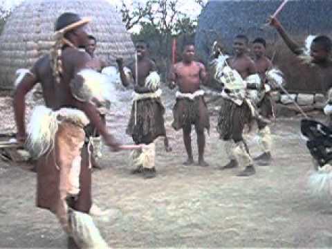 Zulu krijgers tijdens reis door Zuid Afrika | Fair Mundo Travel