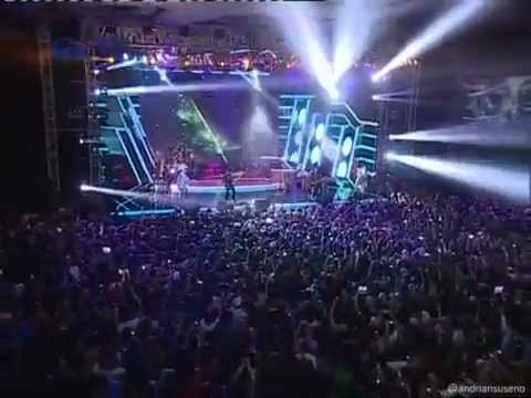 download lagu Noah Feat  Saung Angklung Udjo   Langit Tak Mendengar Konser Wellcome Home Bandung gratis