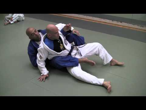 Brazilian Jiu-Jitsu Technique - Taking the Back from Guard - Ailson 