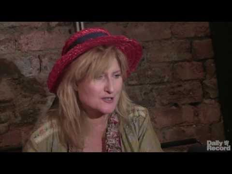 Video: Eddi Reader - interview at The Glad Cafe