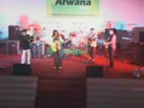 Kunanti - Arwana by Balek Kampong