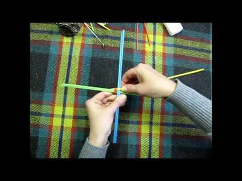 Плетение лукошка газетных трубочек
