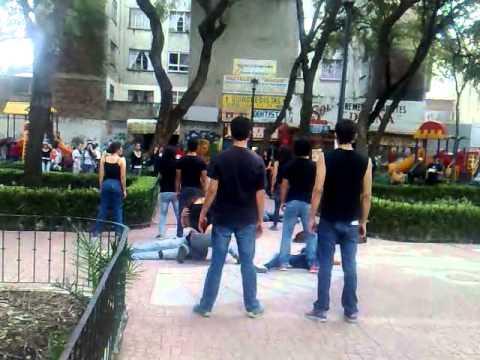 Estudiantes de Teatro Creando Conciencia Social en Lugares Publicos Mexico D.F.  23 Oct 2014