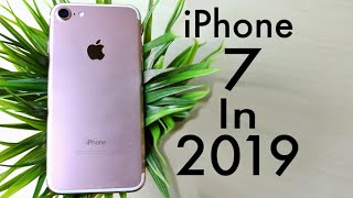 iPHONE 7 In 2019! (Still Worth It?) (Review)