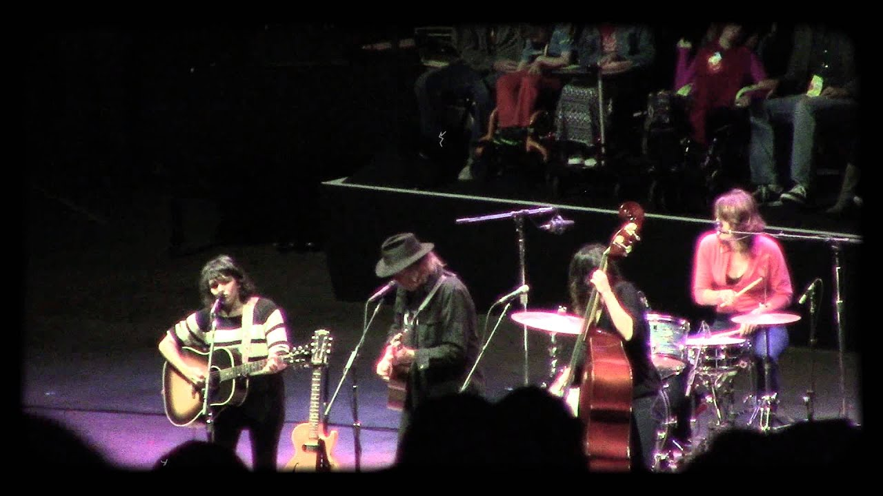 Neil Young Boots Neil Young Jams With Norah