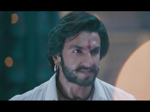 Ranveer Shows Bad Ass Side - Goliyon Ki Rasleela Ram-leela