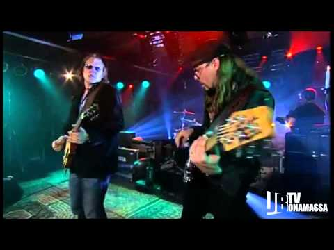 Joe Bonamassa - New Day Yesterday Live