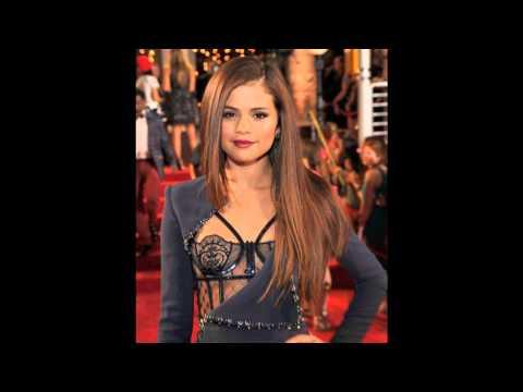 Selena Gomez Fashion On Red Carpet 2013 thumbnail