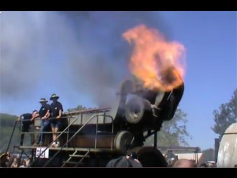 Antique Giant diesel generator engine Duvant 9VOS startup