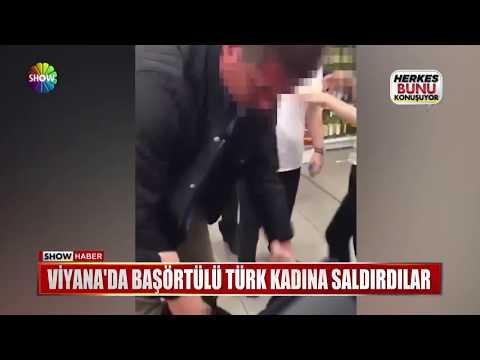 Viyana'da başörtülü Türk kadına saldırdılar