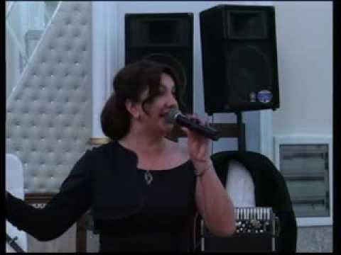 Cığatel İsaqızı və Nazilə Səfərli aşıq Namiq Fərhadoğlunun konsertində şeirlər