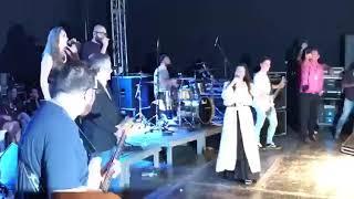 download musica Prefeito de Alhandra é convidado para o palco pela cantora Damares