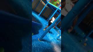 KIDS PLAYING (BAD) PLAYGROUND PJ MASK KIDS Q
