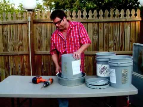Ric Steel hosts a DIY segment :
