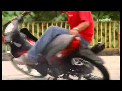 Hantu Bonceng - Motosikal video