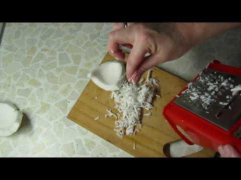 Как сделать кокосовое молоко (стружку)