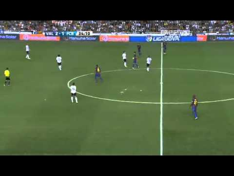 Xavi Wonderful First Touch vs Valencia
