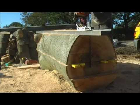Quarter saw using a combination of Granberg Alaskan chainsaw mill and vertical mini mill