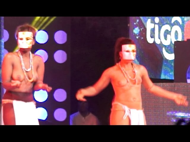 Akoo Nana - Brings bared breasted dancers on stage @ TiGO Music concert | GhanaMusic.com Video