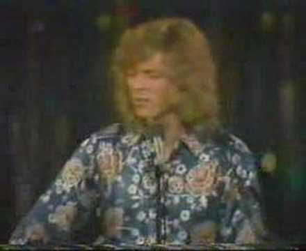 DAVID BOWIE - First TV appearance 1970 - SPACE ODDITY