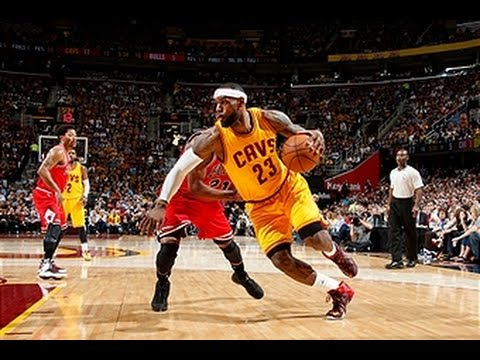 LeBron James Bounces Back with 33 in Game 2