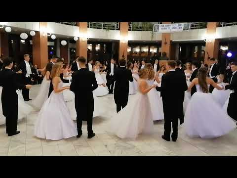 Csík Ferenc Gimnázium - 2019 Szalagavató 12.B osztály keringő tánca