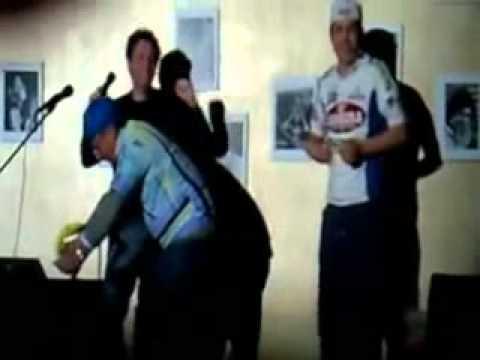 I CICLISTI (il comico Davide Dalfiume e Franco al Derby Happy Hour)