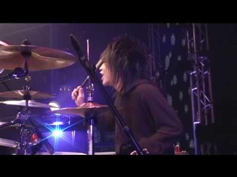 Girugamesh: Break Down: Crazy Tour Final '09 [DVD]