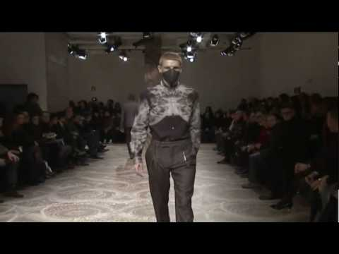 Alexander McQueen - Fall Winter 2010 2011 Full Show - Menswear - High Definition