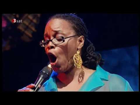 Dianne Reeves - Sing My Heart