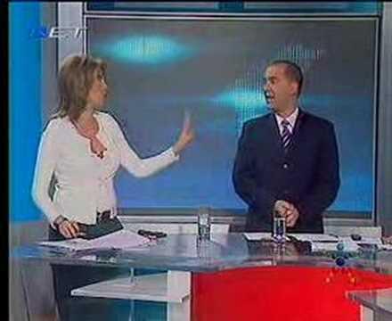 Άννα Καραμανλη, Αθλητική Κυριακή
