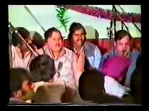 Ustad Fateh Ali Khan   Kiven Mukhde Ton Nazran Hatawan 1 Live...