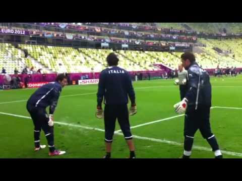 Gigi Buffon training