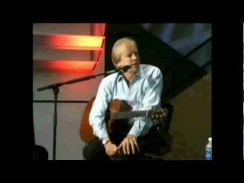 Justin Hayward - Who Are You Now / Never Comes The Day