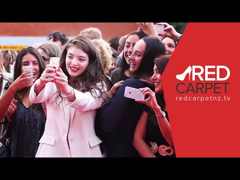 Red Carpet NZ at Vodafone Music Awards NZ 2014