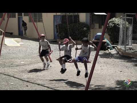 seleccion-nacional-visita-las-colonias-infantiles-del-club-de-leones-de-panama