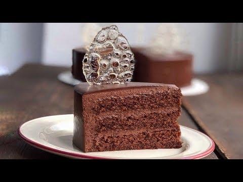 Торт Шоколадное безумие с черносливом в роме