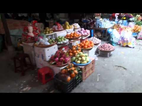 Cat Ba Island Market, Haiphong, Vietnam