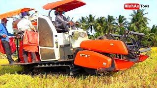 Máy Cắt Lúa Nhạc Thiếu Nhi | Bé Xem Máy Gặt Lúa Trên Đồng Lúc 12 Giờ Trưa