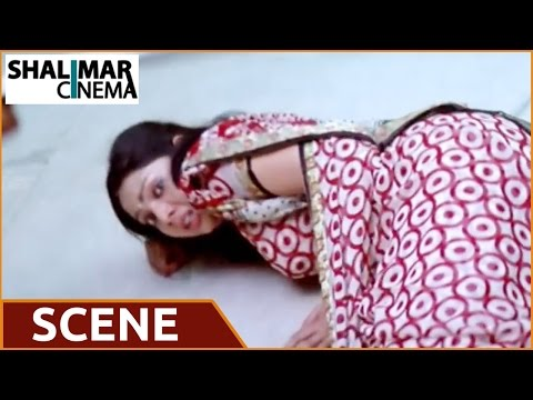 Evadaithe Nakenti Movie | Villain Warning Heroine at Supermarket Action Scene | Rajasekhar, Samvrita