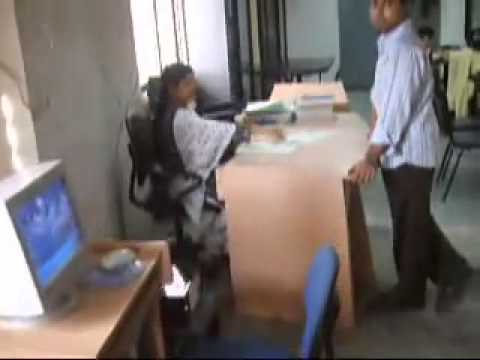 Dhaka Daffodil International University Student video