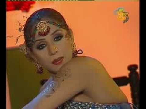 Nida Chaudhry, Raat Da Hanera We, Mujra video