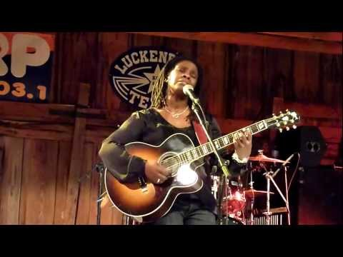 Ruthie Foster: Ring Of Fire