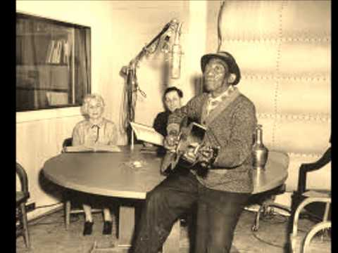Mississippi John Hurt - Poor Boy Long Ways From Home