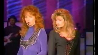 Watch Linda Davis Does He Love You video