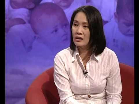 Huỳnh Tiểu Hương - người đương thời (1)