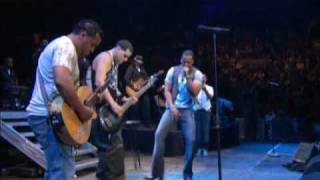 Aventura - Todabia Me Amas (EN VIVO MADISON SQUARE GARDEN)