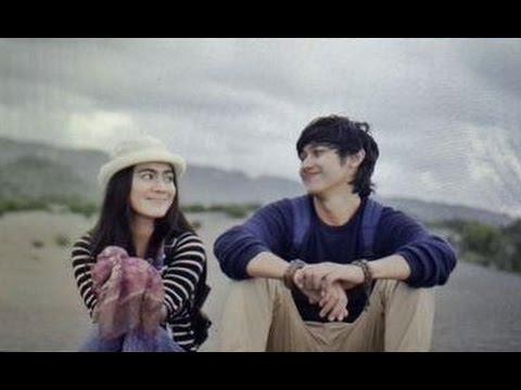 Download Lagu Caesar Hito feat Felicya - Lain Sekali [ Video Lyric ] MP3 Free