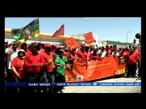SACP takes to the streets of PE calls for transformation of banks