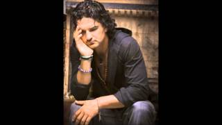 Watch Ricardo Arjona Quinto Piso video